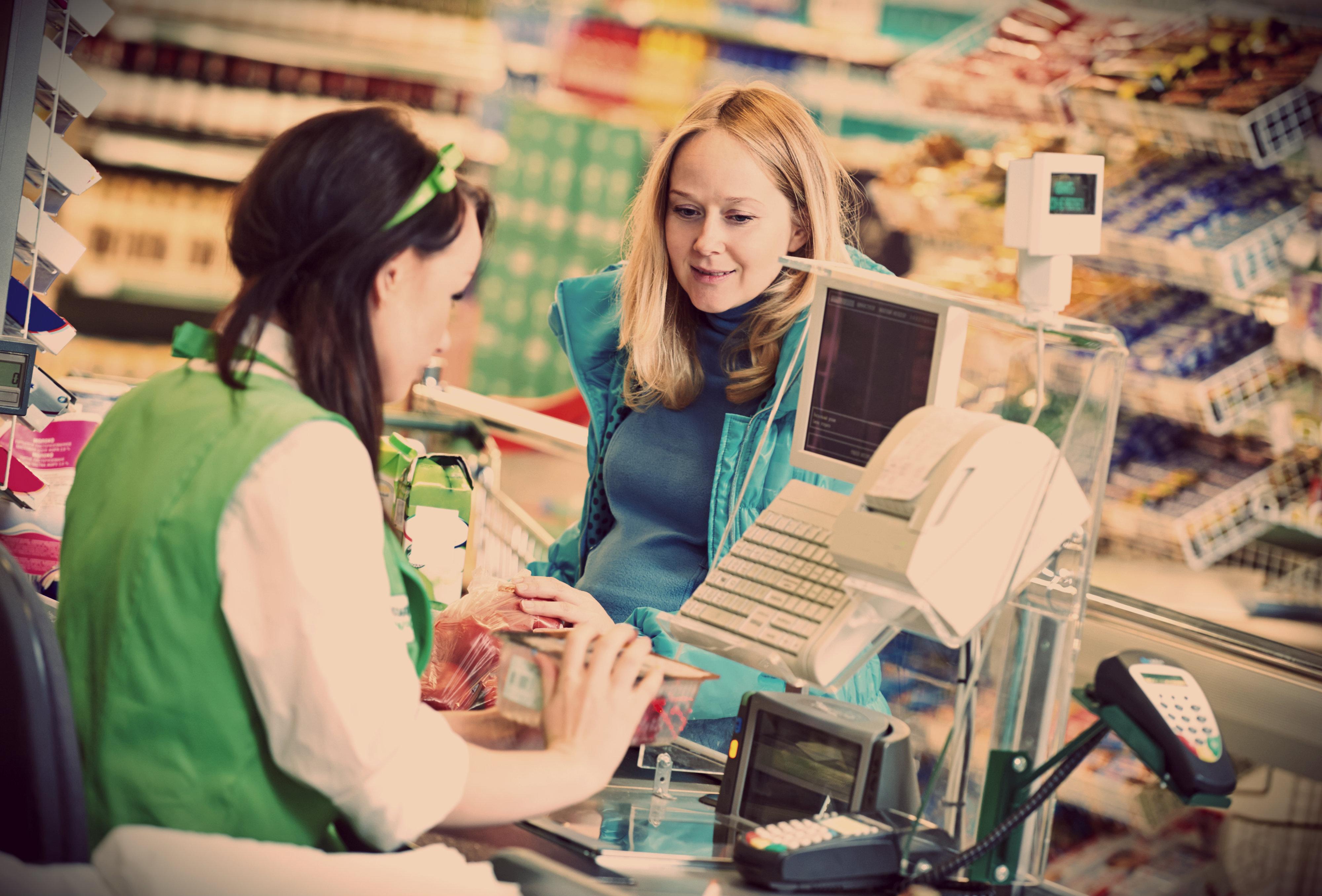 Как вернуть в магазин некачественное питание
